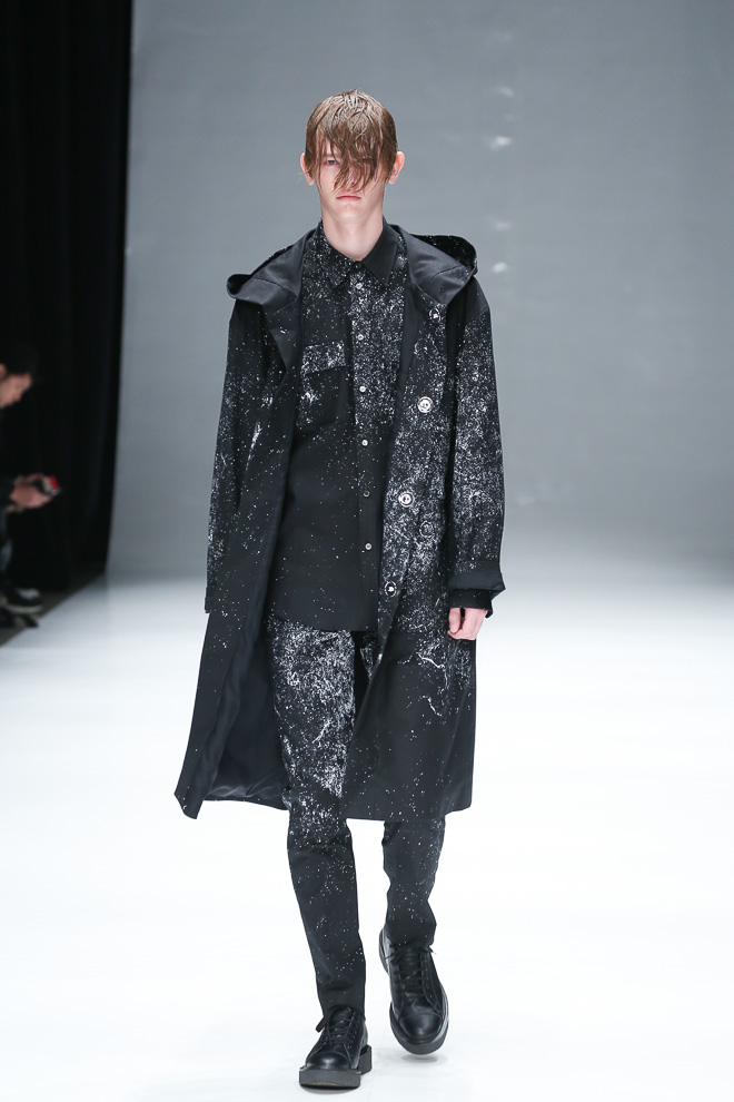 Robbie McKinnon3077_FW15 Tokyo DRESSEDUNDRESSED(fashionsnap.com)