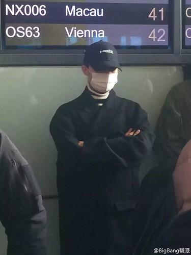 Big Bang - Beijing Airport - 31dec2015 - BigBang帮派 - 01