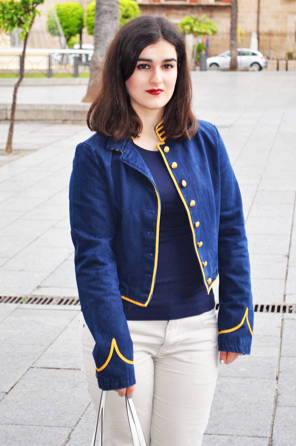 something fashion blogger, fashion blogger valencia spain, merida extremadura bloggers, ralph lauren denim jacket, vintage inspired outfit, trip traveling around spain, templo de diana, short hair brunette blogger, michael kors white bag, traveling ideas