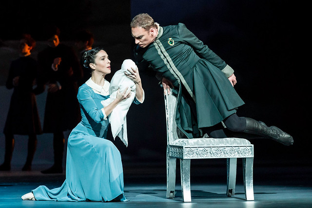 Laura Morera and Bennet Gartside in The Winter's Tale © ROH/Johan Persson, 2014