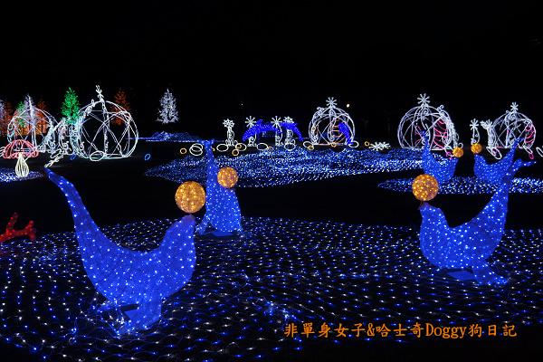 日本大阪城公園梅林城天守閣3D光之陣15
