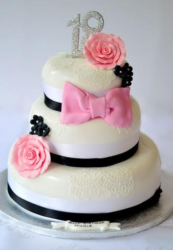 Cake by Sylwia's Cakes
