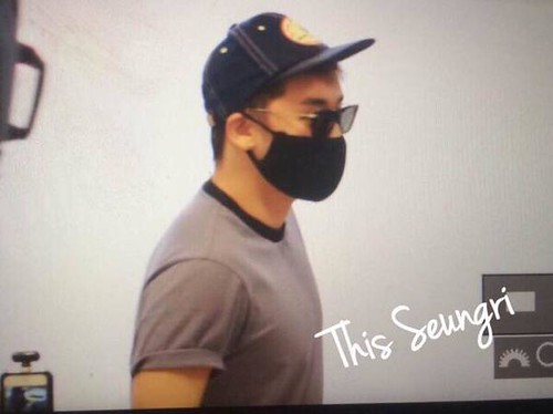 BIGBANG Departing Seoul to Osaka 2015-08-21 (23)