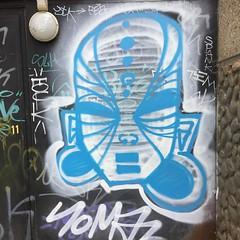 #somaz à #vitry #graffiti #streetart #vitrygraffiti #bombing #mask