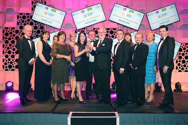 CSR Overall winner2016 group