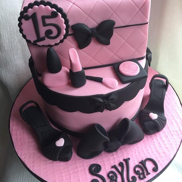 Girls 15th Birthday Cake Happy Birthday Saylan Xx Flickr