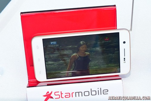 Starmobile quad core smartphones with digital tv signal