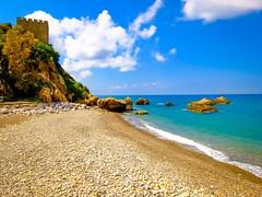 Costone roccioso con castello di San Giorgio. Clifftop with St. George Castle