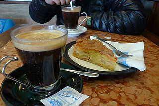 Monterosso - Coffee and apple cake