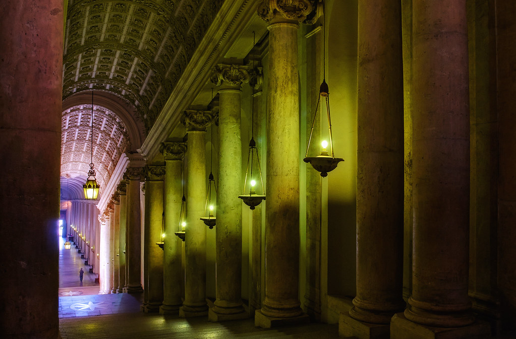 Vatican Chambers