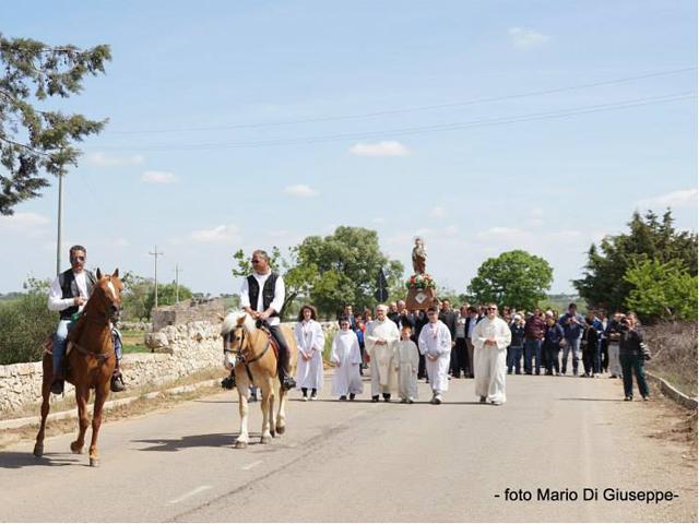 montursi-processione-1-maggio
