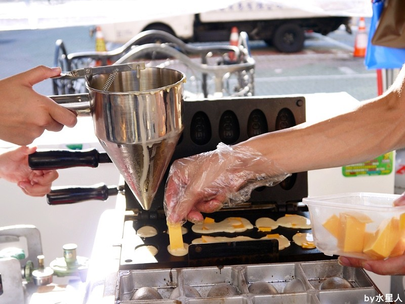 28006974284 f91987944f b - 台中西屯   寶島雞蛋糕,新店開幕,會牽好長絲的乳酪口味雞蛋糕