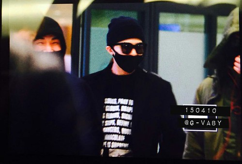 Big Bang - Incheon Airport - 10apr2015 - G-Dragon - G_Vaby - 01