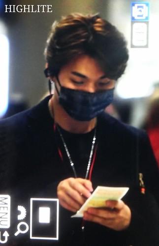BIGBANG arrival Seoul 2015-10-26 highlite (1)