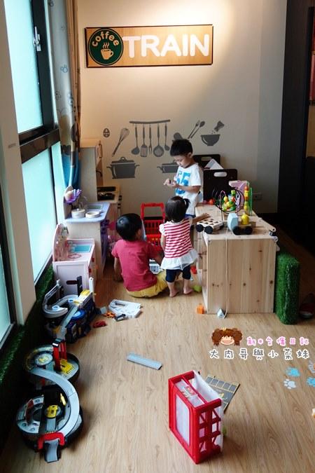 火車快飛親子餐廳 (6).JPG
