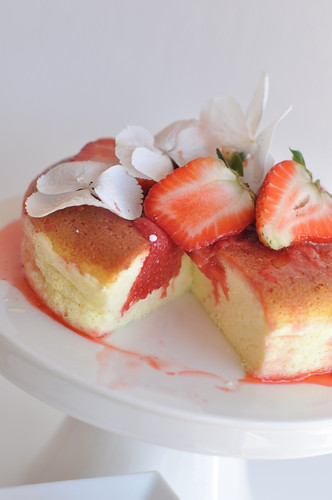 japanese cotton cheesecake (very light version if you replace sugar can be used as dukan recipe as well)