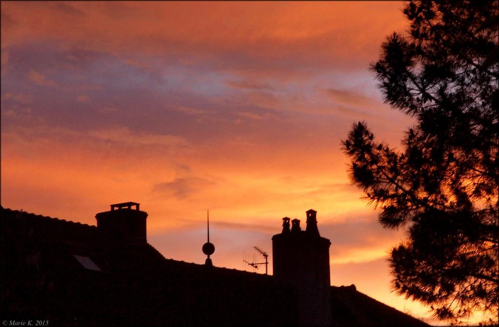 Par dessus les toits, le ciel s'embrase + 1 17218828340_fde0cd3c74_b