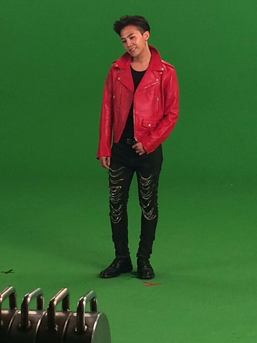 G-Dragon - Tower of Saviors - 2014 - BTS - 22