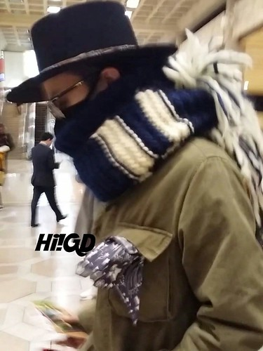 Big Bang - Gimpo Airport - 27feb2015 - G-Dragon - Hi GD - 02