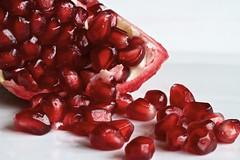 107/365: Pomegranates give me the pip