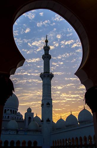 sunset minaret muslim uae mosque abudhabi marble unitedarabemirates ae grandmosque sheikhzayedbinsultanalnahyangrandmosque