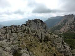 Du sommet Est de Punta Batarchjone : la pointe Ouest escaladée plus tard