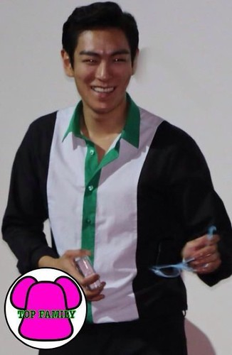 TOP-HQs-StageGreeting-Day3-20140908(15)