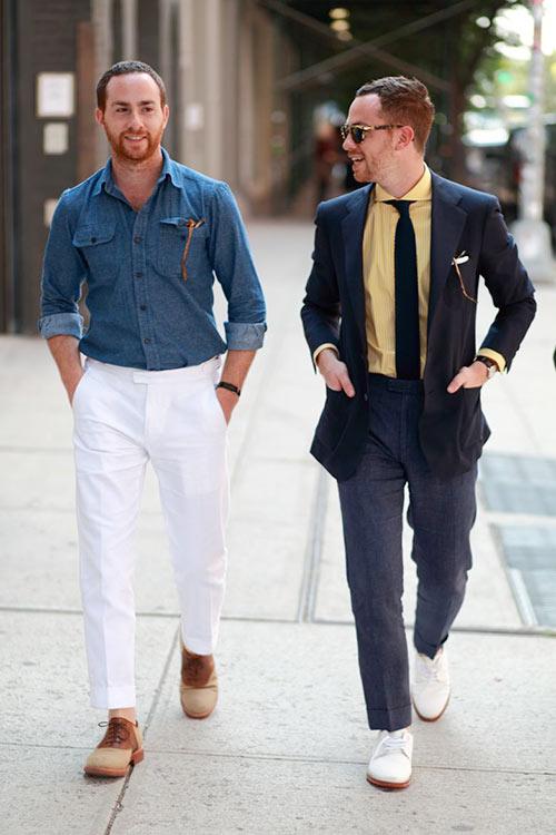 青ウールシャツ×白パンツ&チャコールジャケット×グレースラックス