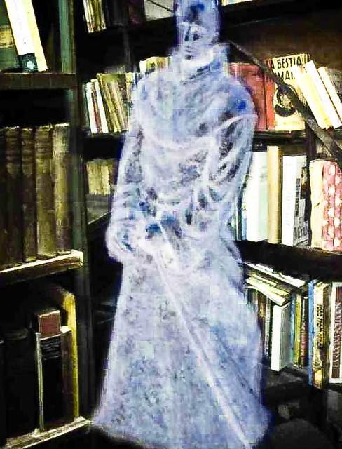 El fantasma de la Biblioteca