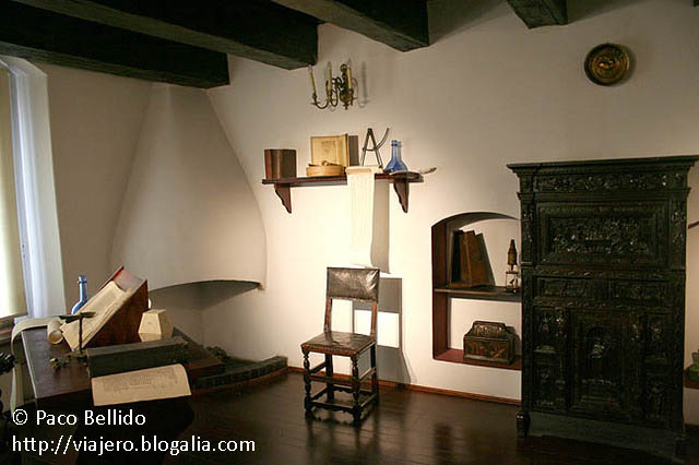 Interior de la casa de Copérnico. © Paco Bellido, 2008