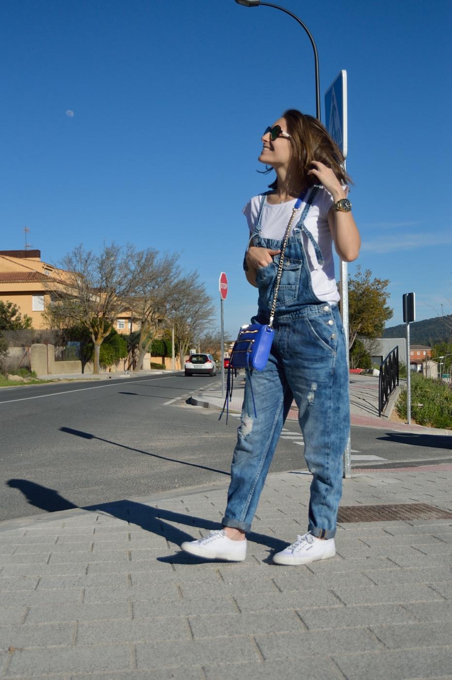 lara-vazquez-mad-lula-style-ootd-denim-jumpsuit-ootd-fashion-streetstyle