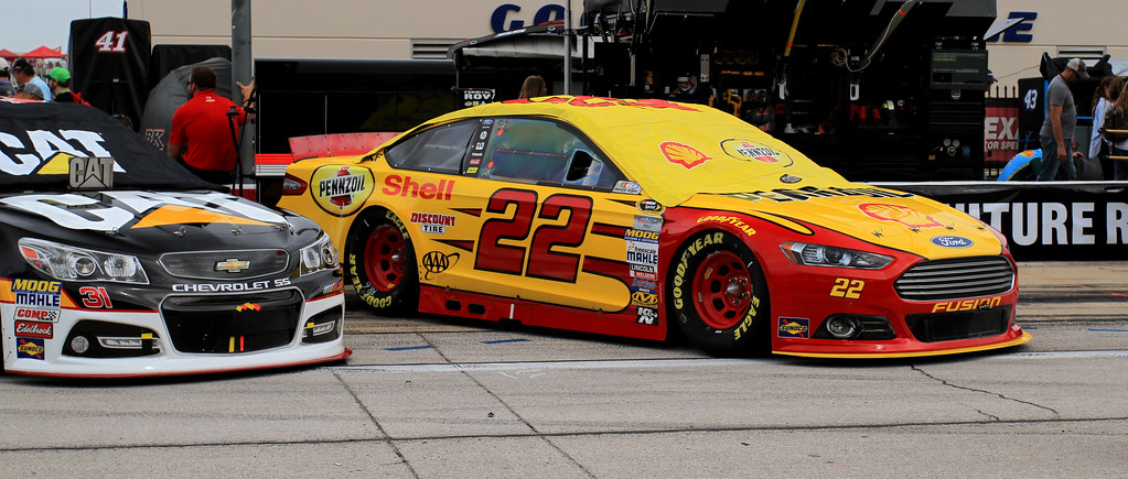 Joey Logano - Shell Pennzoil 22