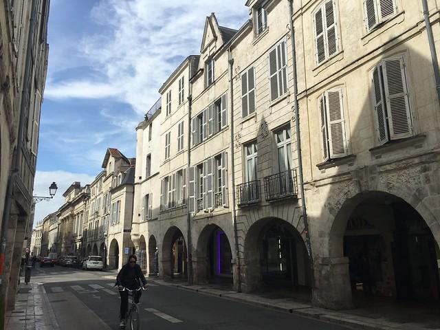 Calle de La Rochelle (País del Cognac, Francia)