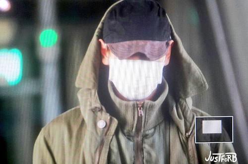 BIGBANG arrival ICN Seoul from Taiwan 2015-09-28 (15)