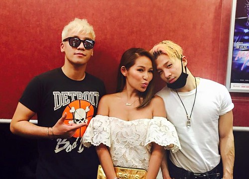 Big Bang - Made Tour 2015 - Singapore - Backstage - 18jul2015 - on.cc - 03