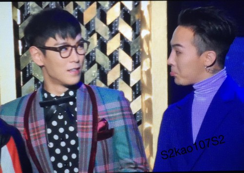 Big Bang - The 5th Gaon Char K-Pop Awards - 17feb2016 - S2kao107S2 - 02