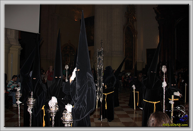 Semana Santa en Málaga. Cofradia de Viñeros (15)