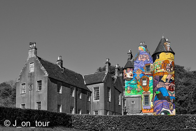 Processed Kelburn Castle   GJC_016691_edited-2