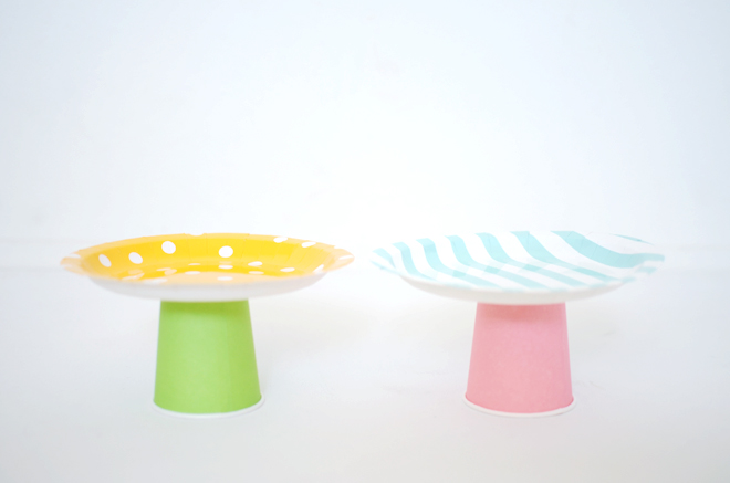 ... paper plate cake stands & diy: paper plate cake stands | CAKIES