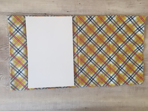 How I store my fabric using comic book boards
