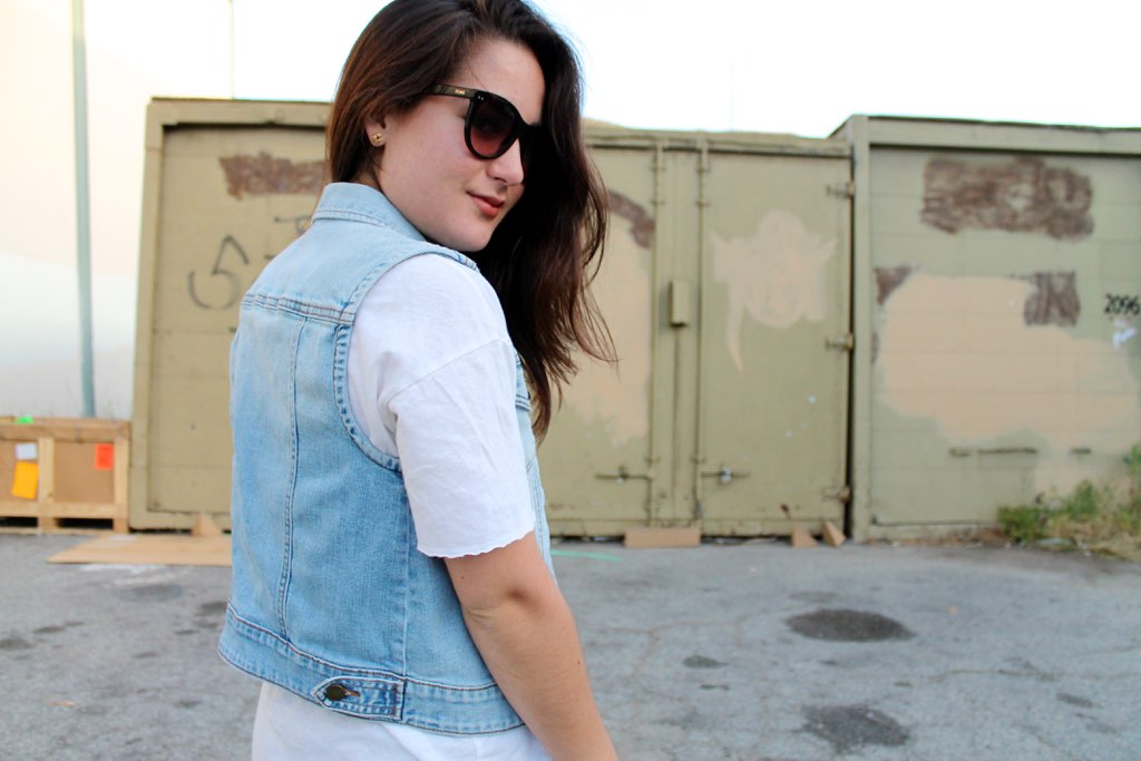 how to style a denim vest