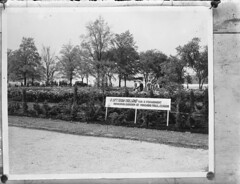 Nederlandse schenking aan herdenkingspark bij de Niagara watervallen in Canada, 21 mei 1948   A gift from Holland for a permanent Memorial Garden at Niagara Falls in Canada, 21 st may 1948   Un don des Pays-Bas pour un jardin des memoires permanents au Ni