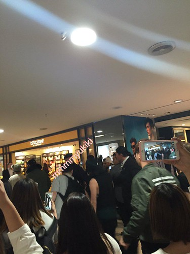 BIGBANG arrival Melbourne 2015-10-20 (19)