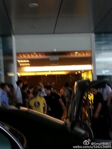 more BIGBANG arrival Shenzhen 2015-08-07 (30)