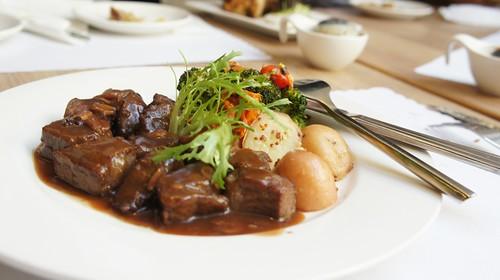 高雄排排饡排排讚!米蘭炸牛排在台灣也吃得到-骰子牛排