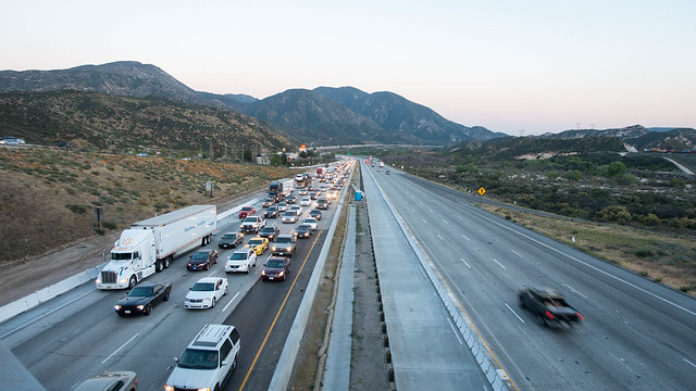 Busy I-15, m341+