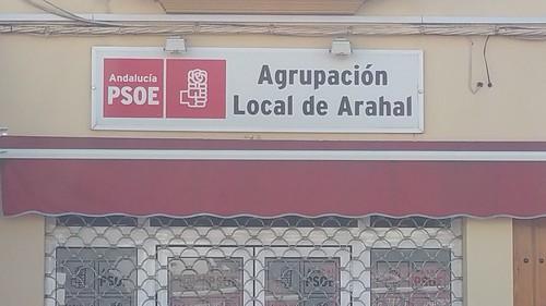 """AionSur 16961834667_54f543f0b7_d El ex secretario del PSOE de Arahal dice que se siente """"manipulado, engañado y traicionado"""" por su propio partido Asociaciones"""