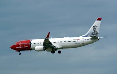 LN-NGB Boeing 737-800 NAX