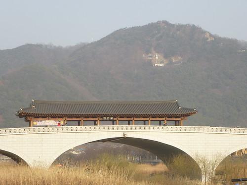 Co-Jeonju-Hanok-Pont Namcheon (9)