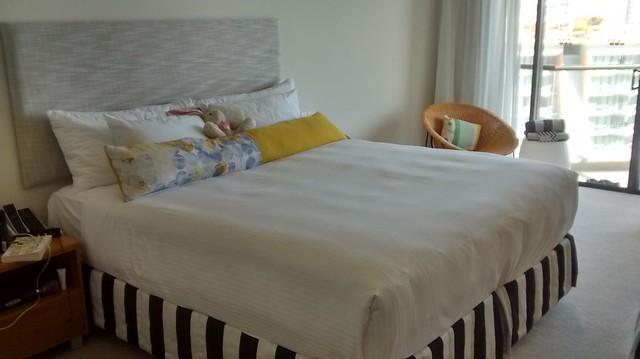 king bed qt gold coast